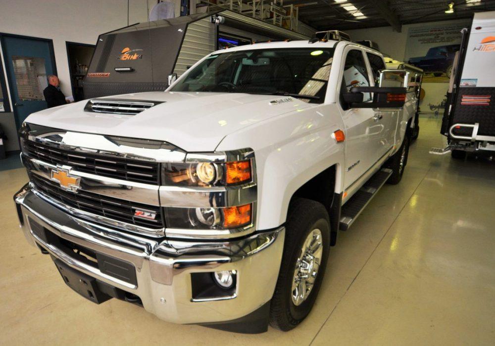 Chevrolet Silverado-03.jpg