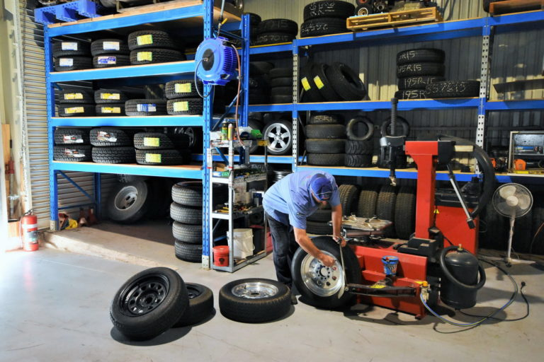 Camperagent Tyre Fitter