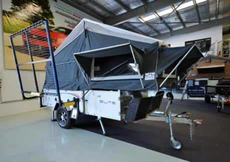 Signature Camper Trailers Elite White-19.jpg