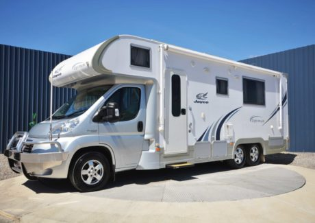Jayco Optimum-01.jpg