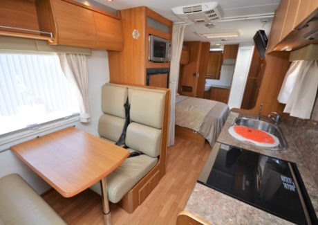 Jayco Optimum-13.jpg